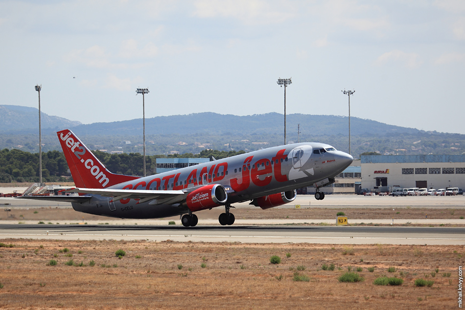 13:20, Boeing 737-330 G-CELU, Jet2. Рейс LS362, Palma de Mallorca (PMI) - Belfast (BFS)