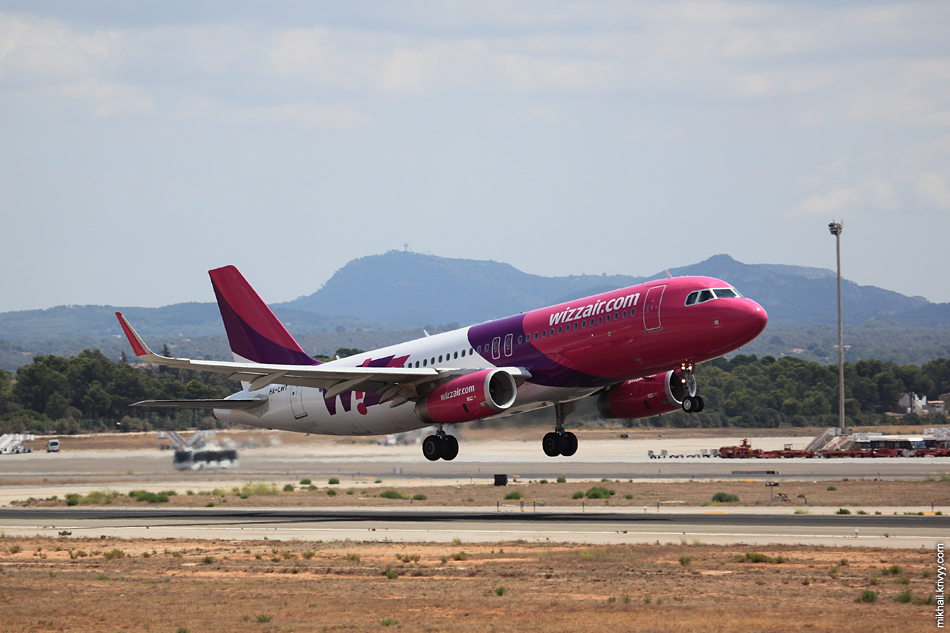 13:42, Airbus 320-232 HA-LWT, Wizz Air Hungary. Рейс WZZ8, Palma de Mallorca (PMI) - Budapest (BUD)