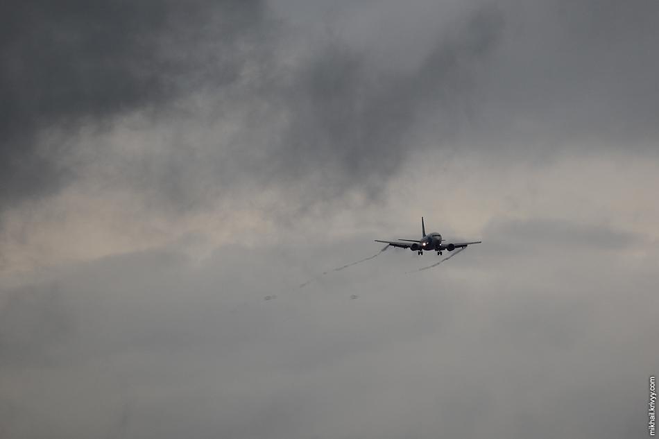 МАУ (Международные Авиалинии Украины). Boeing 737, UR-GBB.