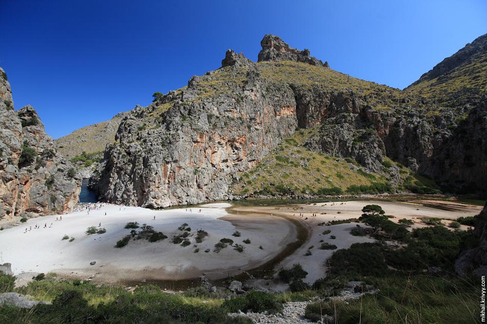 Пляж и ущелье Torrent de Pareis, Са Калобра (Sa Calobra)