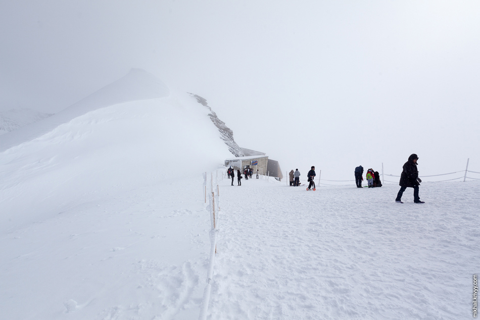 Смотровое плато на перевале Юнгфрауйох.