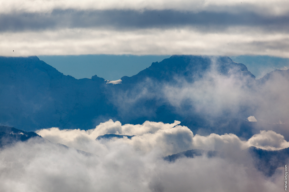 С горы Гуртен (Gurten) виден перевал Юнгфрауйох (Jungfraujoch), который мы посетили днем ранее.