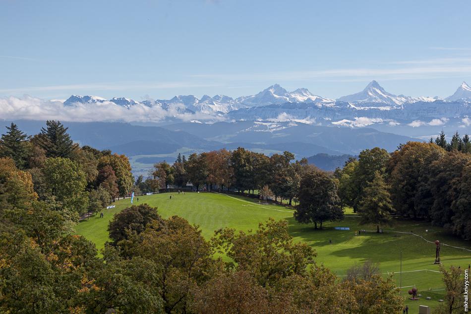 Классическая панорама с горы Гуртен (Gurten kulm). Берн, Швейцария.