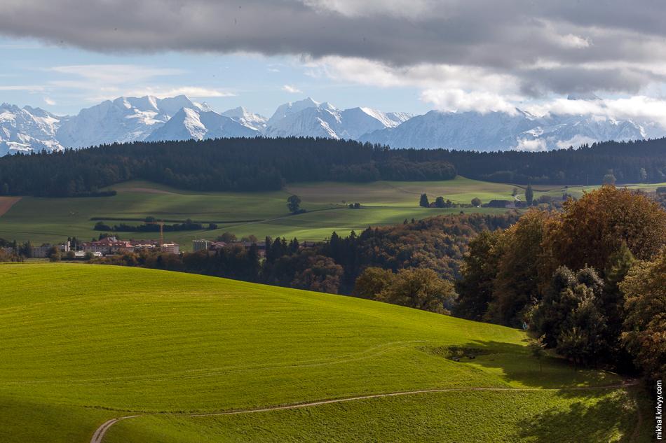 Вид с горы Гуртен (Gurten).