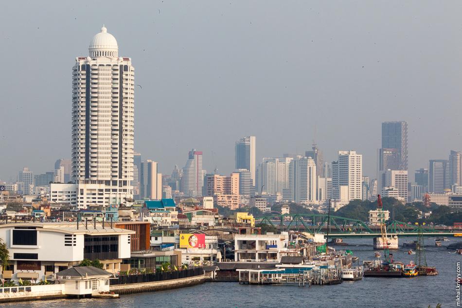 Бангкок. Вид со ступы храма Ват-Арун.