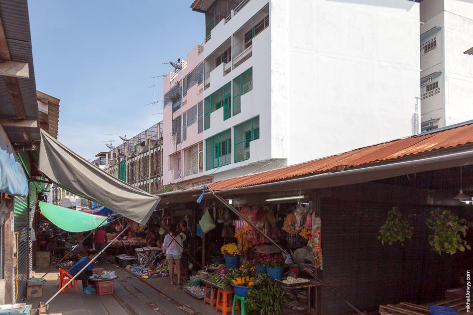 Застройка в районе рынка и станции Маеклонг (Maeklong).
