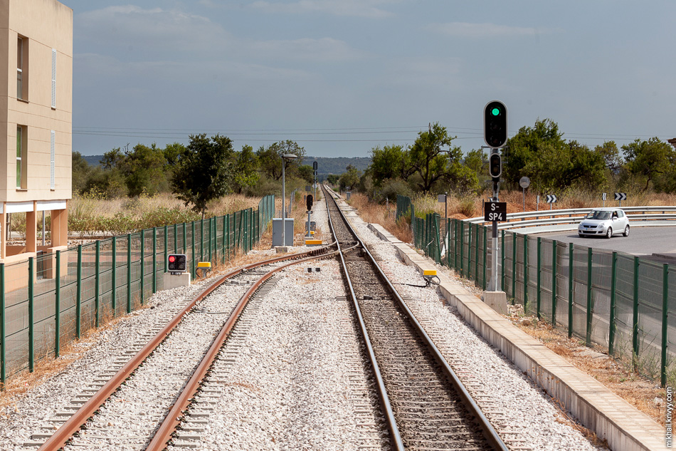Станция Са Побла (Sa Pobla). Это все путевое хозяйство.