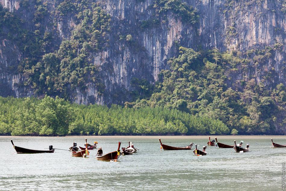Лодки-длиннохвостки. Залив Пханг Нга.