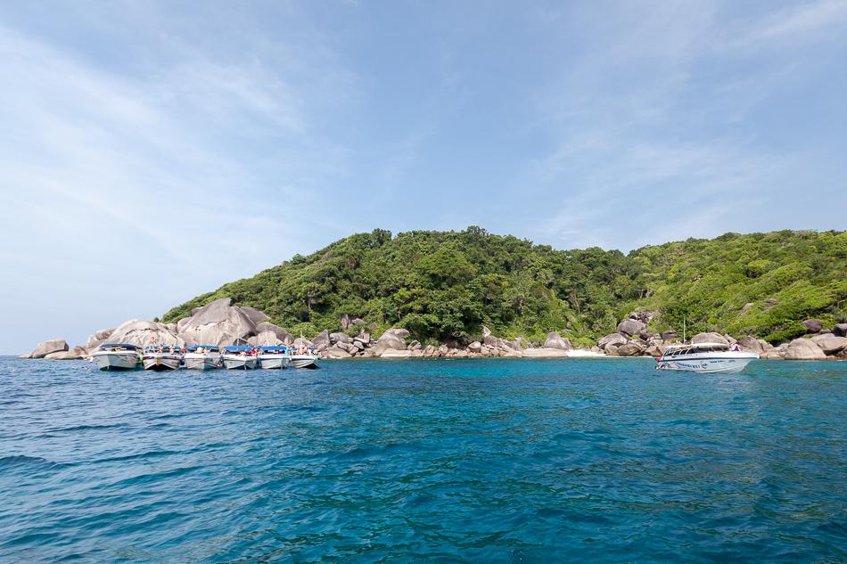 Сноркелинг у острова Бангу (Ko Bangu). Симиланские острова, Таиланд.