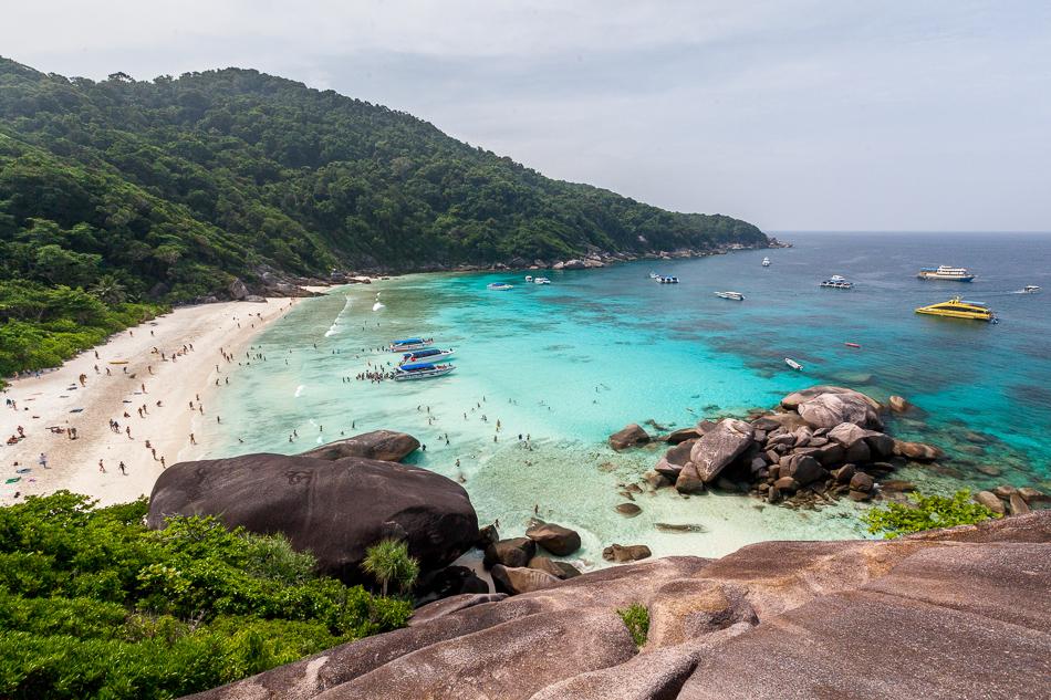 Пляж на острове Симилан, Таиланд.