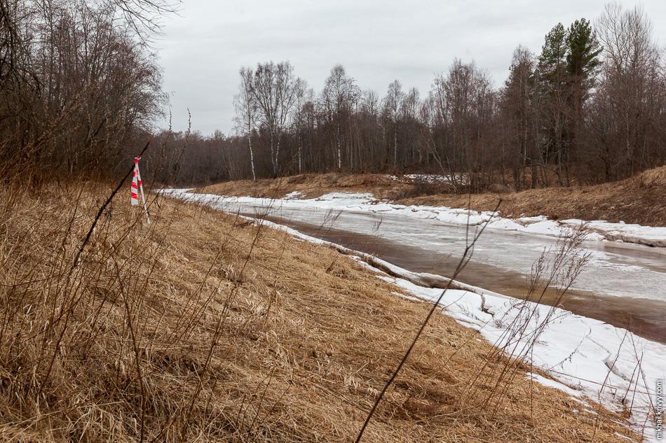 Отметки под будущую платную автомагистраль Москва - Санкт-Петербург.