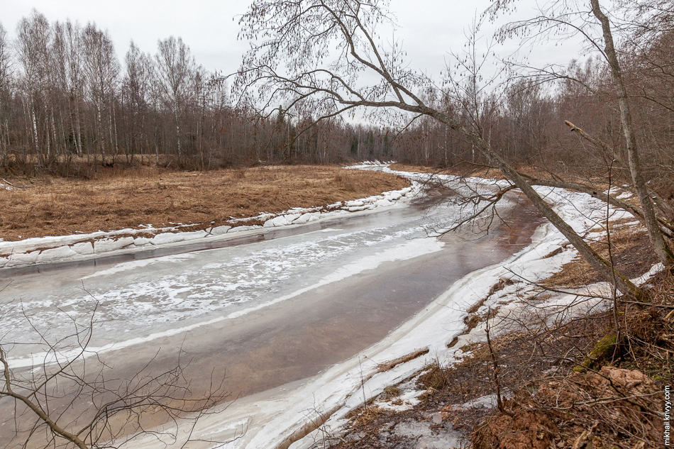 Река Вишера в районе деревень Мытно и Посад. Места там слабопроходимые.