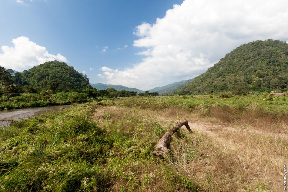 До границы с Мьянмой оставалось около 20 км.