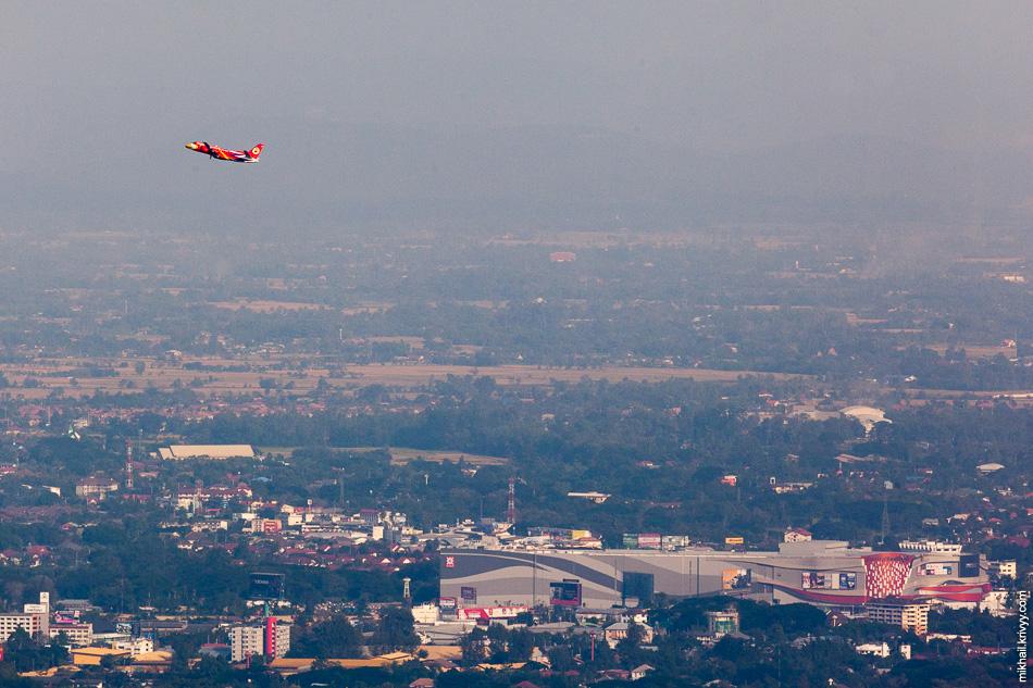 Борт одного из местных бюджетников - Nok Air.