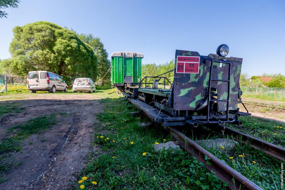 Эта пионерка стала нашим основным транспортным средством во время поездок по Тёсовской УЖД.