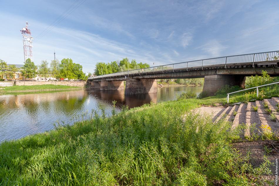 Живой мост в Старой Руссе.