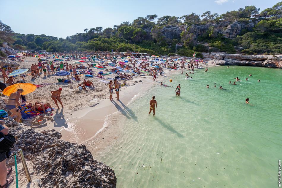 Пляж Кала Лломбардс (Cala Llombards). Мальорка.