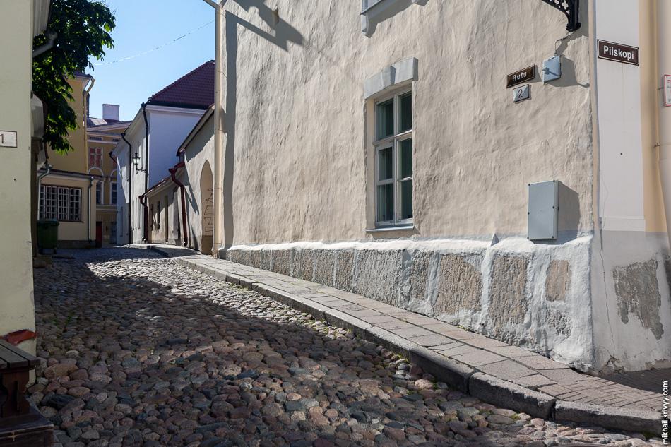 В старом Таллине привели в порядок и нетуристические подворотни.