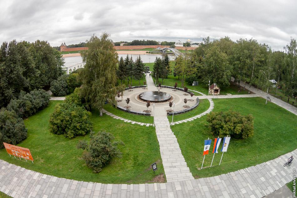 Ганзейский фонтан. Великий Новгород.