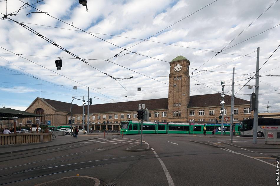 Вокзал Базель Бадишер-Банхоф.