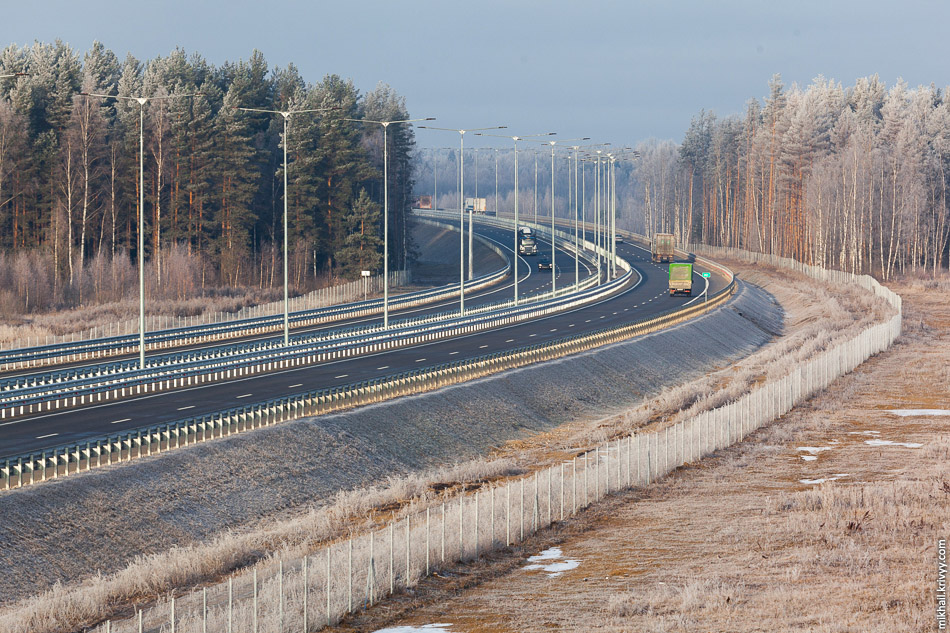 Платная автомагистраль М11 Москва - Санкт-Петербург. Вид с путепровода Будово - Тверецкий.