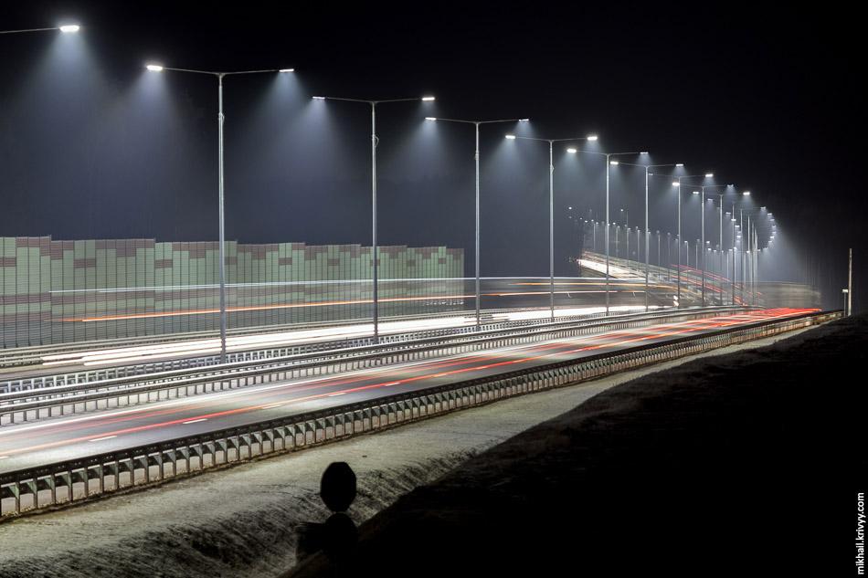 Сильнее всего впечатлило освещение. Я никогда не был сторонником освещения загородных дорог. Не даром, даже Бельгия, в которой были освещены все автомагистрали, стала отказываться от подобной практики.