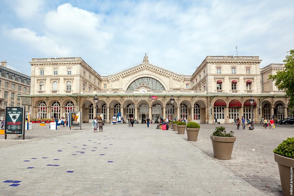 Восточный вокзал, Париж.