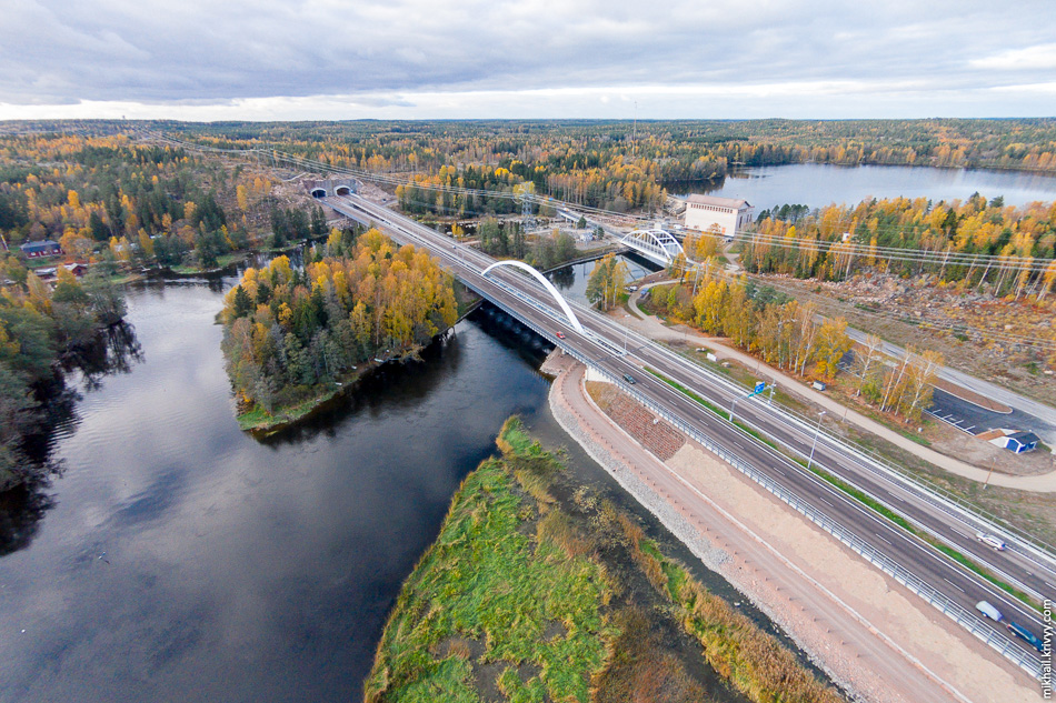 Мост Ахвэнкоски (Ahvenkoski) и тоннель Маркинамяки (Markkinamäki). Раньше на месте автомагистрали был небольшой парк.