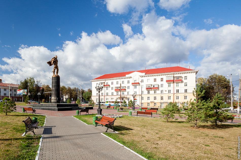 Достопримечательность №2: Памятник героям-стратонавтам