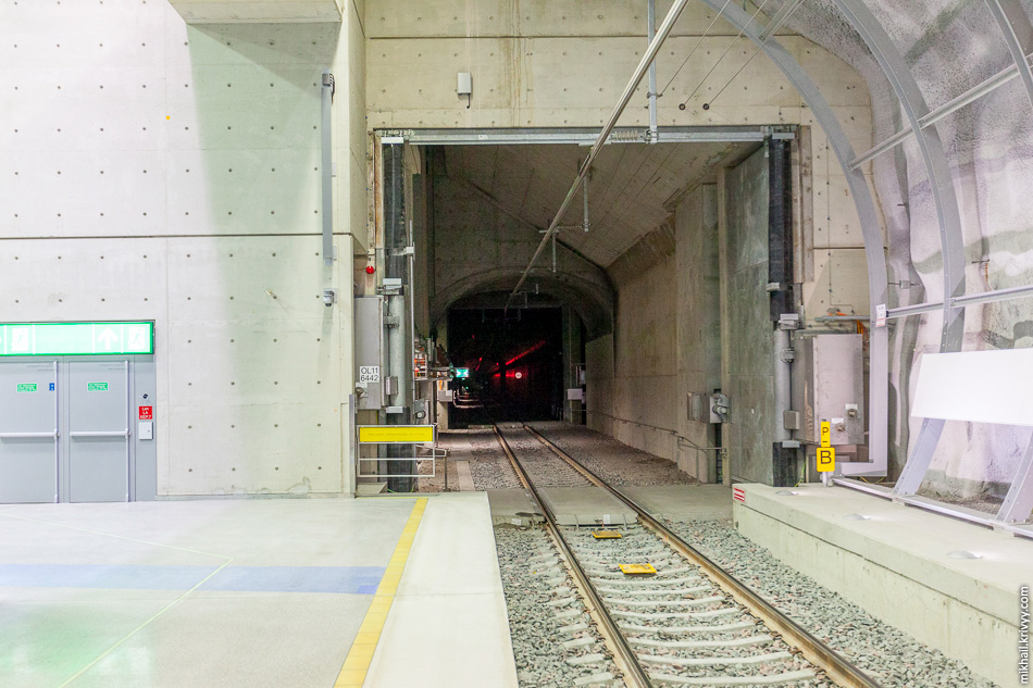 Вид в тоннель.