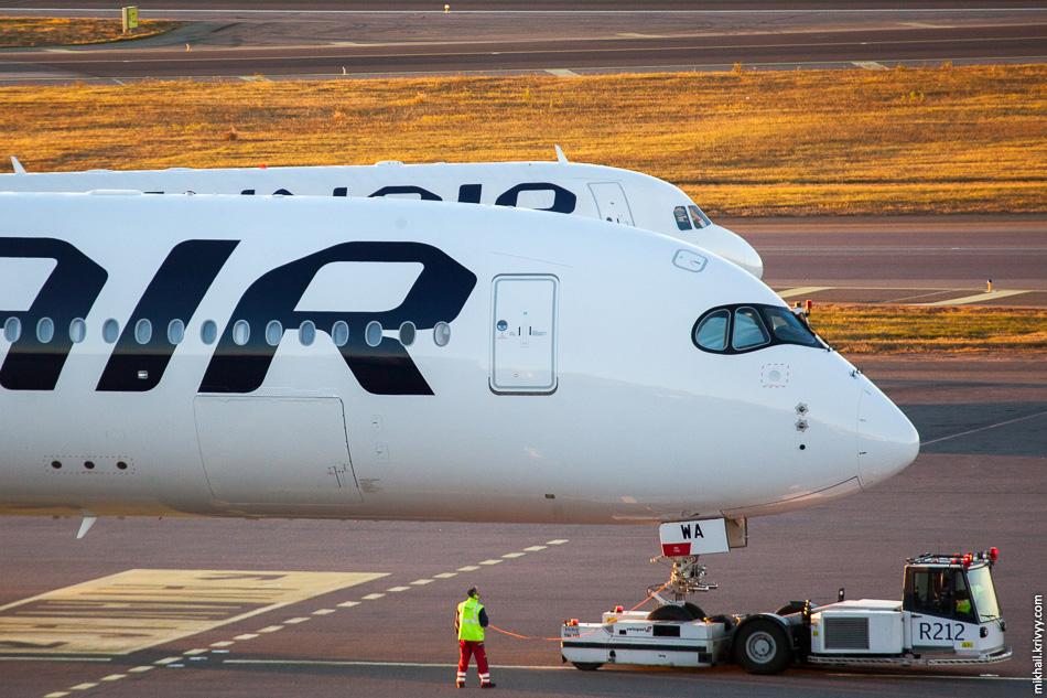 Airbus A350XBW OH-LWA в аэропорту Хельсинки.