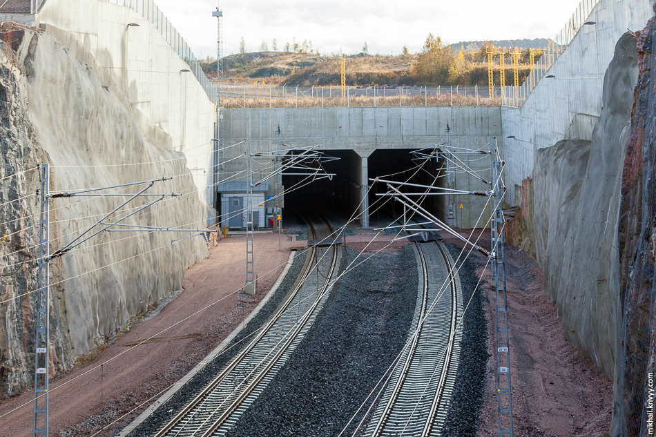 Западный портал тоннеля Kehärata.