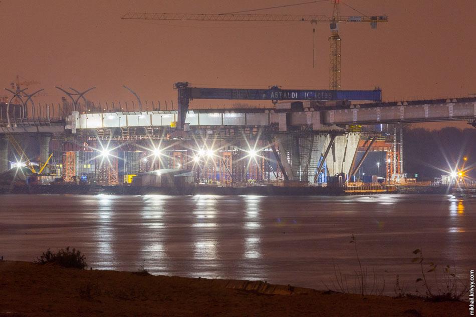 ЗСД: Мостовой переход через Елагинский фарватер.