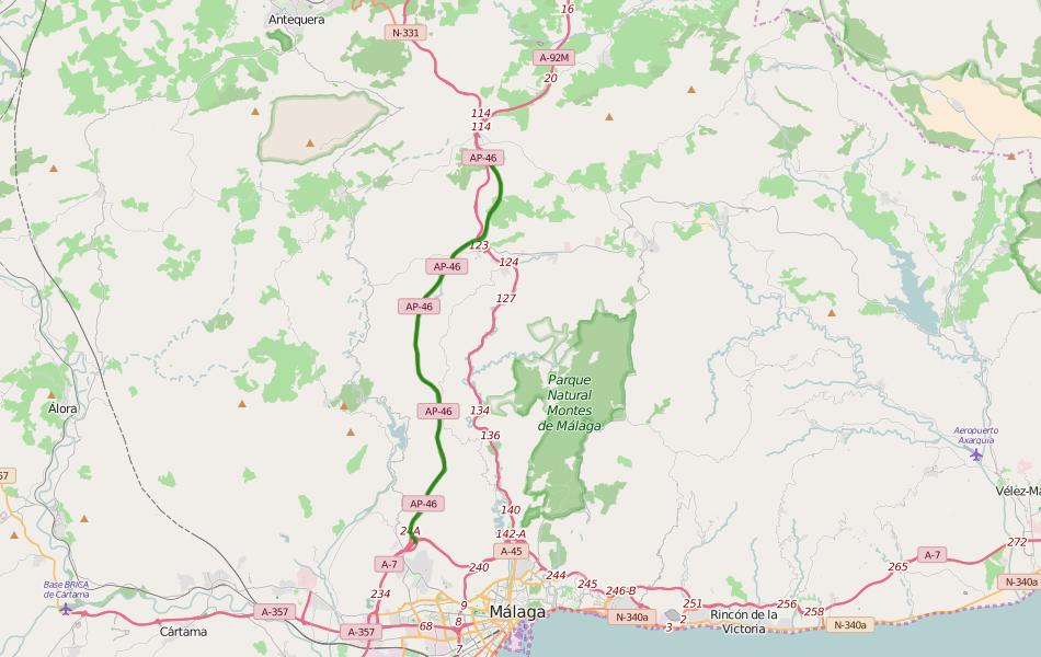 Платная автомагистраль AP-46 является дублером бесплатной A-45. Обе они пролегают через горы Montes de Málaga и выходят на объездную дорогу столицы района Коста-дель-Соль.