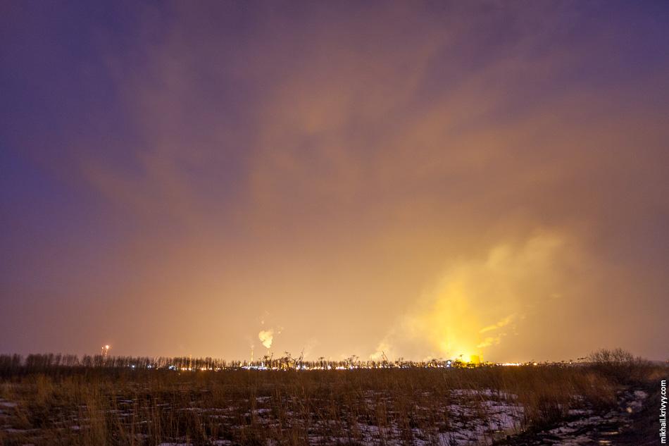 А-115: засветка от нефтеперерабатывающего завода в Киришах.