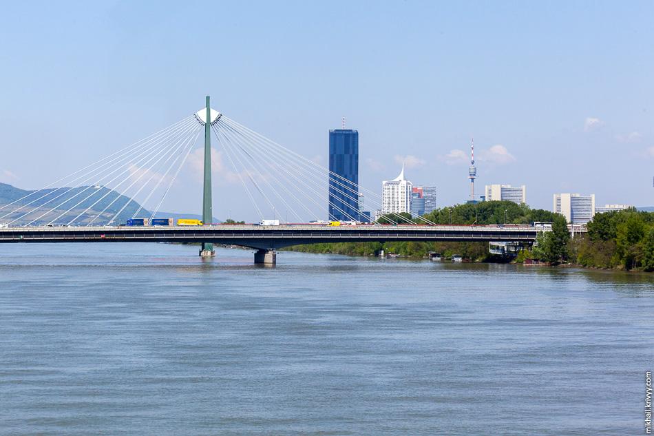 Пересекаем Дунай.