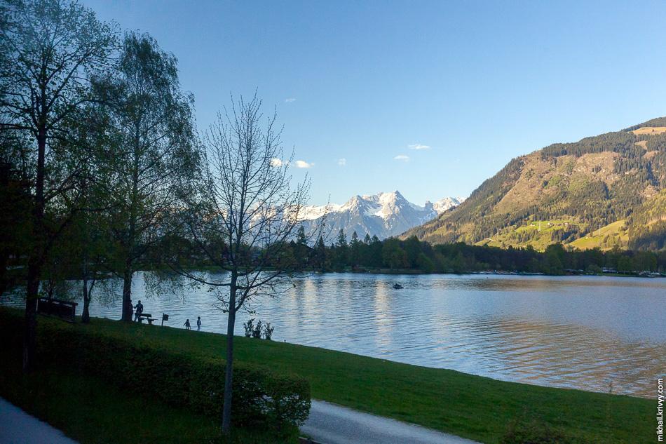 Озеро Целлер (Zeller see). 750 м над уровнем моря.