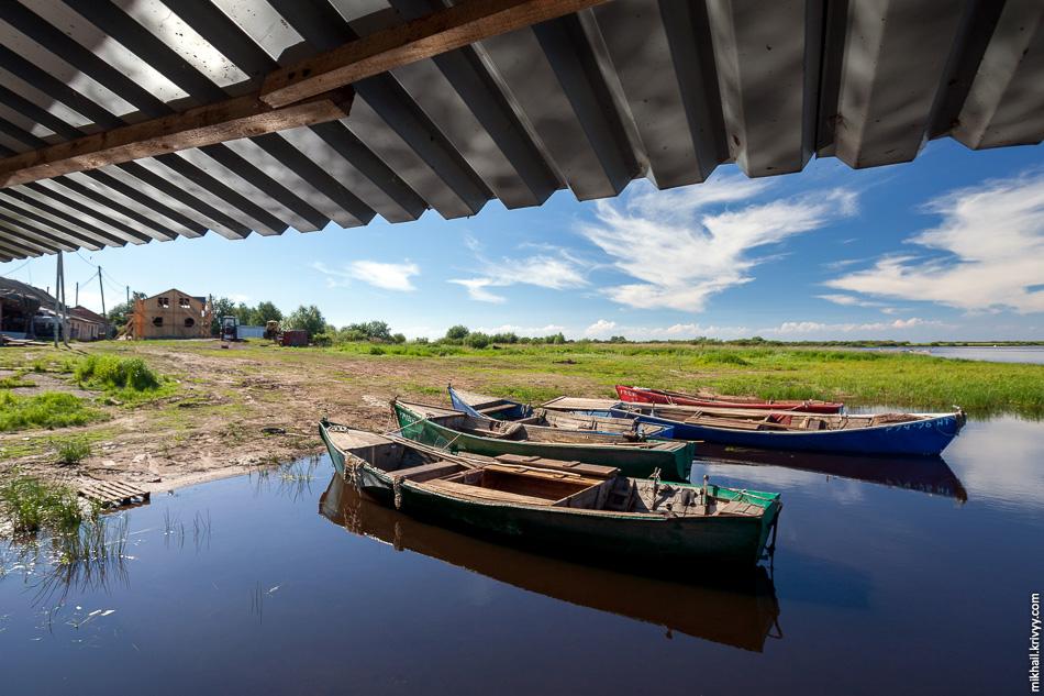 Упоминается в летописях со средневековых времён, причём XII—XIII веках Взвад уже был местом княжеской охоты и рыбалки.