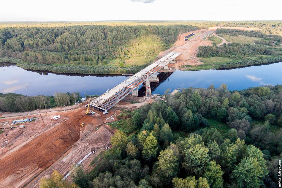 57. Мост через Мсту. Вид в сторону Москвы.