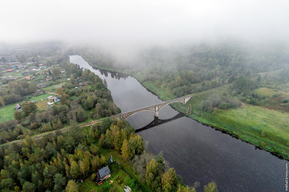 2. Также, есть вероятность, что мост был разрушен во время Великой Отечественной войны и построен заново. Но подтверждения этому тоже пока нет.