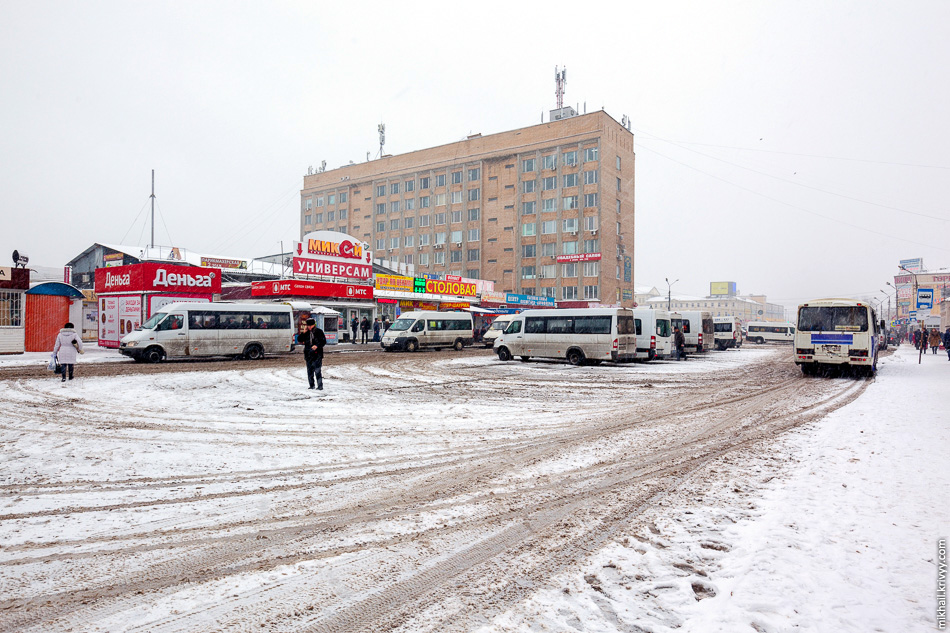 Колхозная площадь — главный пересадочный узел Смоленска.